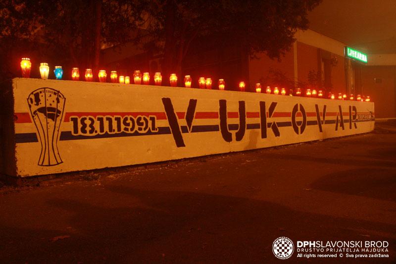 Grafit u čast i sjećanje na heroje Vukovara
